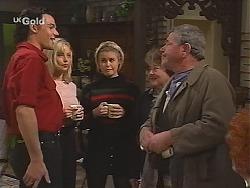 Sam Kratz, Annalise Hartman, Joanna Hartman, Marlene Kratz, Flakey (Gordon Orchard) in Neighbours Episode 2513