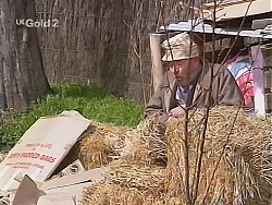 Flakey (Gordon Orchard) in Neighbours Episode 2515