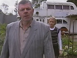 Flakey (Gordon Orchard), Joanna Hartman in Neighbours Episode 2515