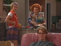 Danni Stark, Cheryl Stark, Brett Stark in Neighbours Episode 2516