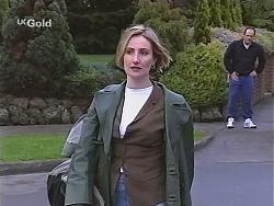 Jen Handley, Philip Martin in Neighbours Episode 2518