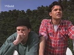 Luke Handley, Sam Kratz in Neighbours Episode 2519