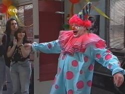 Flakey (Gordon Orchard) in Neighbours Episode 2519