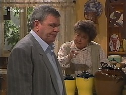 Flakey (Gordon Orchard), Marlene Kratz in Neighbours Episode 2520