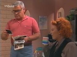 Lou Carpenter, Cheryl Stark in Neighbours Episode 2520