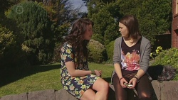 Kate Ramsay, Sophie Ramsay in Neighbours Episode 6552