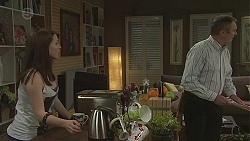 Summer Hoyland, Karl Kennedy in Neighbours Episode 6552