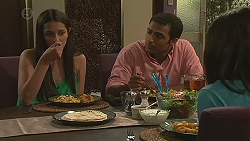 Rani Kapoor, Ajay Kapoor, Priya Kapoor in Neighbours Episode 6554