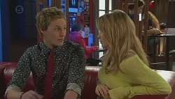 Andrew Robinson, Natasha Williams in Neighbours Episode 6554