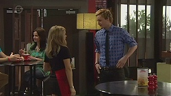 Natasha Williams, Andrew Robinson in Neighbours Episode 6555