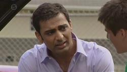 Ajay Kapoor, Chris Pappas in Neighbours Episode 6557