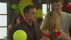 Paul Robinson in Neighbours Episode 6557