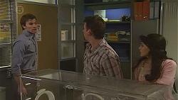 Rhys Lawson, Lucas Fitzgerald, Vanessa Villante in Neighbours Episode 6557