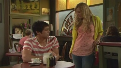 Aidan Foster, Georgia Brooks in Neighbours Episode 6559