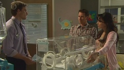 Rhys Lawson, Lucas Fitzgerald, Vanessa Villante in Neighbours Episode 6560