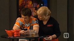 Matt Kleinman, Sheila Canning in Neighbours Episode 6562