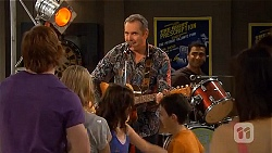 Karl Kennedy, Ajay Kapoor in Neighbours Episode 6566