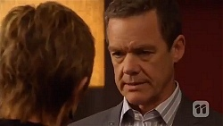 Susan Kennedy, Paul Robinson in Neighbours Episode 6567
