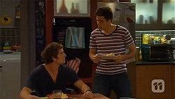 Kyle Canning, Chris Pappas in Neighbours Episode 6569