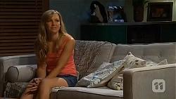 Georgia Brooks in Neighbours Episode 6569