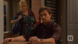 Sheila Canning, Rhys Lawson in Neighbours Episode 6570