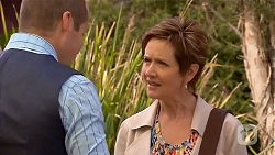 Toadie Rebecchi, Susan Kennedy in Neighbours Episode 6572