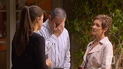 Sarah Beaumont, Karl Kennedy, Susan Kennedy in Neighbours Episode 6573