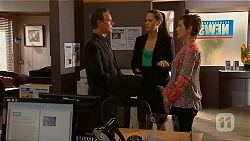 Paul Robinson, Sarah Beaumont, Susan Kennedy in Neighbours Episode 6573
