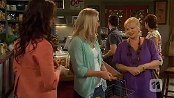 Kate Ramsay, Lauren Turner, Sheila Canning in Neighbours Episode 6574