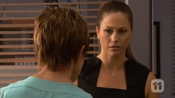 Susan Kennedy, Sarah Beaumont in Neighbours Episode 6576