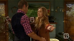 Toadie Rebecchi, Sonya Mitchell in Neighbours Episode 6577