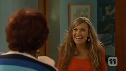 Angie Rebecchi, Georgia Brooks in Neighbours Episode 6577