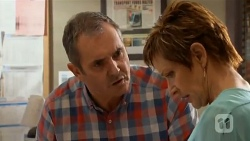 Karl Kennedy, Susan Kennedy in Neighbours Episode 6577
