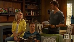 Lauren Turner, Matt Turner, Lucas Fitzgerald in Neighbours Episode 6577