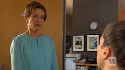 Susan Kennedy, Sarah Beaumont in Neighbours Episode 6577