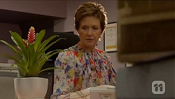 Susan Kennedy in Neighbours Episode 6578
