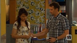 Vanessa Villante, Lucas Fitzgerald in Neighbours Episode 6579