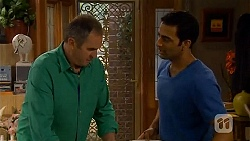 Karl Kennedy, Ajay Kapoor in Neighbours Episode 6582