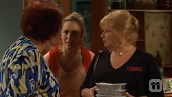 Angie Rebecchi, Sonya Rebecchi, Sheila Canning in Neighbours Episode 6584