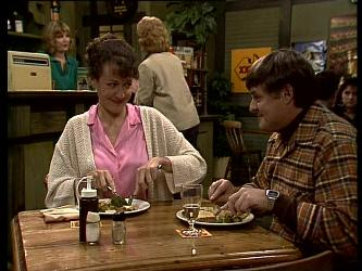 Jean Richards, Tom Ramsay in Neighbours Episode 0282
