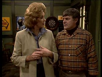 Madge Mitchell, Tom Ramsay in Neighbours Episode 0282