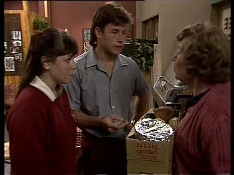 Nikki Dennison, Mike Young, Mrs. York in Neighbours Episode 0282