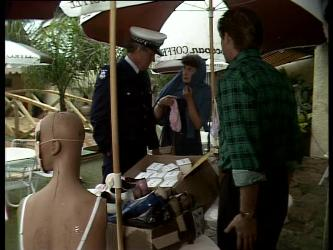 Policeman, Nell Mangel, Clive Gibbons in Neighbours Episode 0282