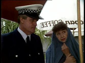 Policeman, Nell Mangel in Neighbours Episode 0282