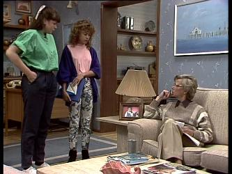 Nikki Dennison, Charlene Mitchell, Helen Daniels in Neighbours Episode 0283