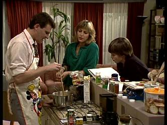 Des Clarke, Andrea Townsend, Bradley Townsend in Neighbours Episode 0283