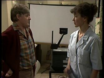 Tom Ramsay, Jean Richards in Neighbours Episode 0283