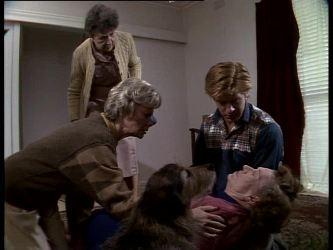 Nell Mangel, Helen Daniels, Clive Gibbons, Mrs. York in Neighbours Episode 0284