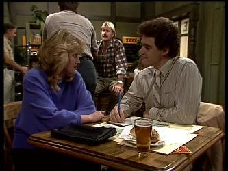 Debra Fleming, Paul Robinson in Neighbours Episode 0284
