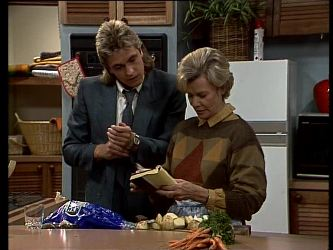 Shane Ramsay, Helen Daniels in Neighbours Episode 0285